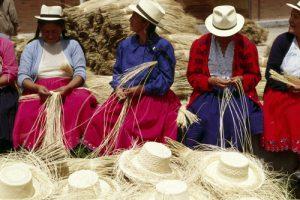 panama-hat-weavers-300x200.jpg